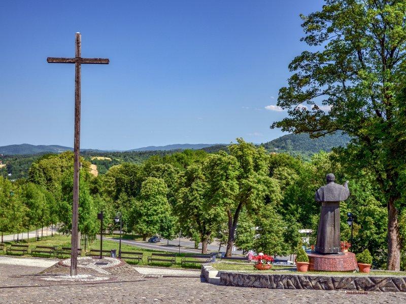 Beskid Makowski widziany z Sanktuarium w Kalwarii Zebrzydowskiej, fot. Radosław Szczepanek