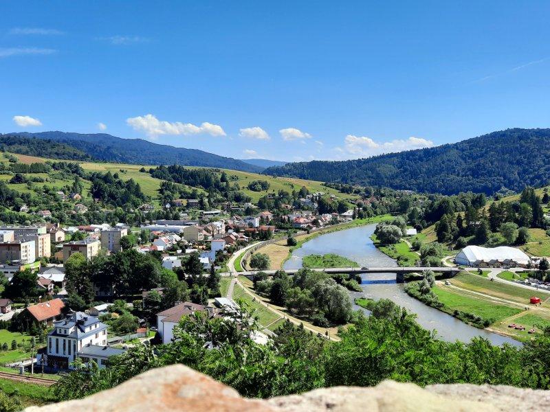 Panorama ze wzgórza zamkowego w Muszynie, fot. Agnieszka Cygan