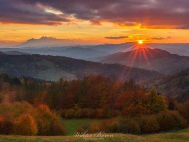 Widok z Bacówki nad Wierchomlą, fot. |Wiktor Baron Fotografia|https://baronphotography.eu/